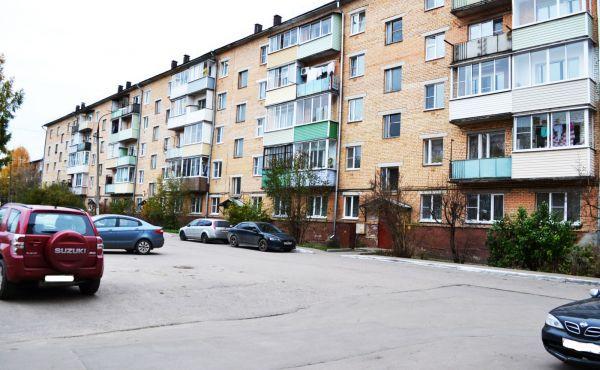 2-х комнатная квартира в центре Волоколамска (рядом с ТЦ Альянс)